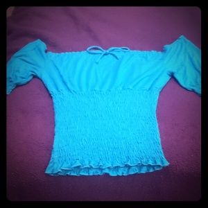 Guess top small
